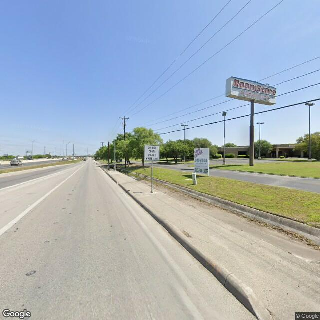 4404 N Interstate 35
