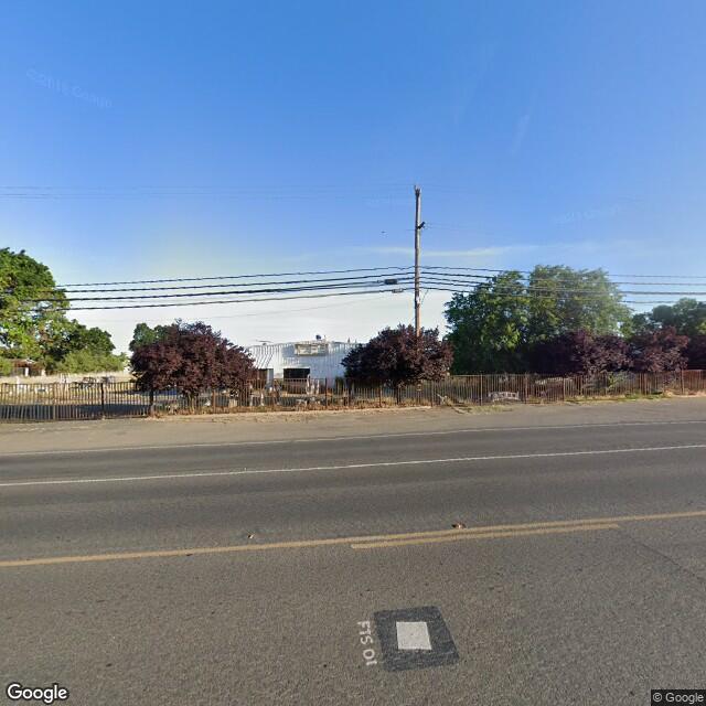3127 E Fremont Street