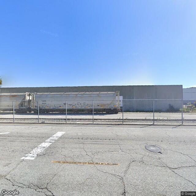 4515 Loma Vista Avenue