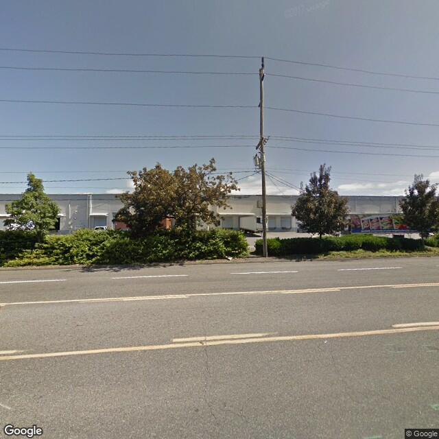 8545-8611 N Columbia Blvd