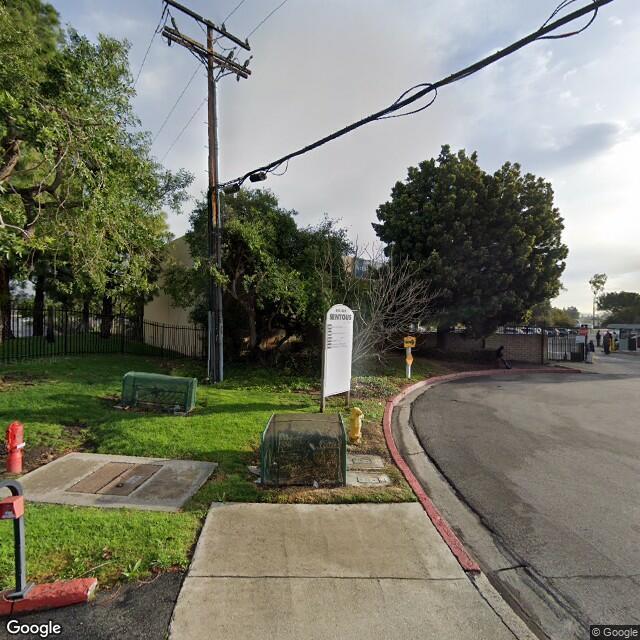 801-825 Sentous Street