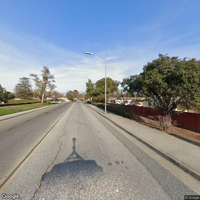 145 Nicholson Lane