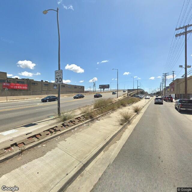 2027 S Santa Fe Ave.