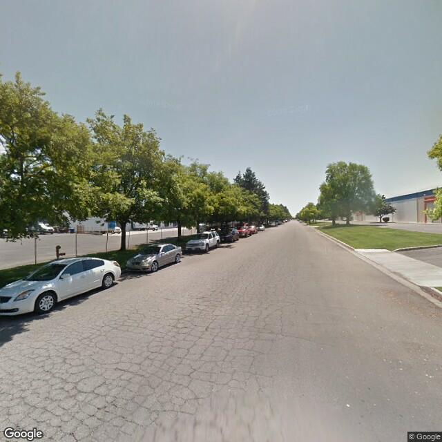 2904 S Angus Ave., Fresno, CA, 93725