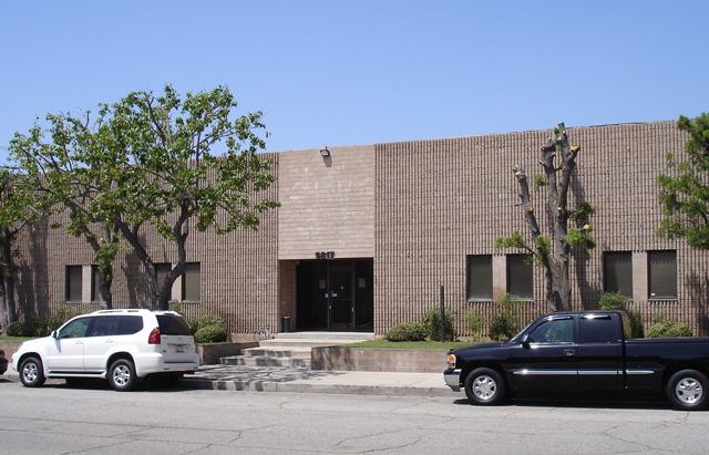 9817 Variel Avenue