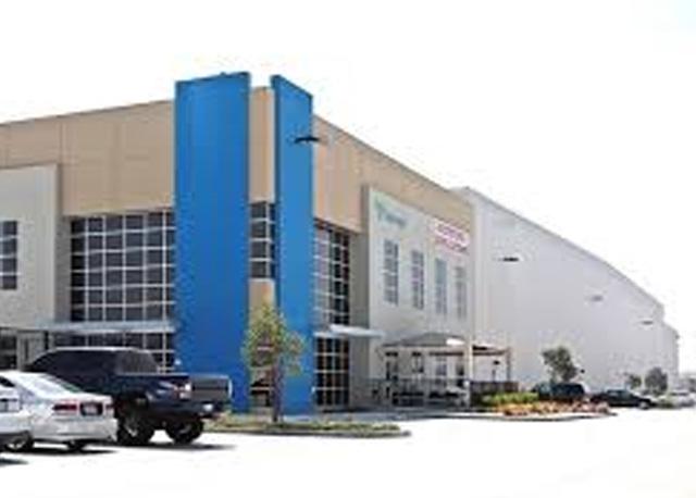 2078 Miguel Bustamante Parkway, Building 11
