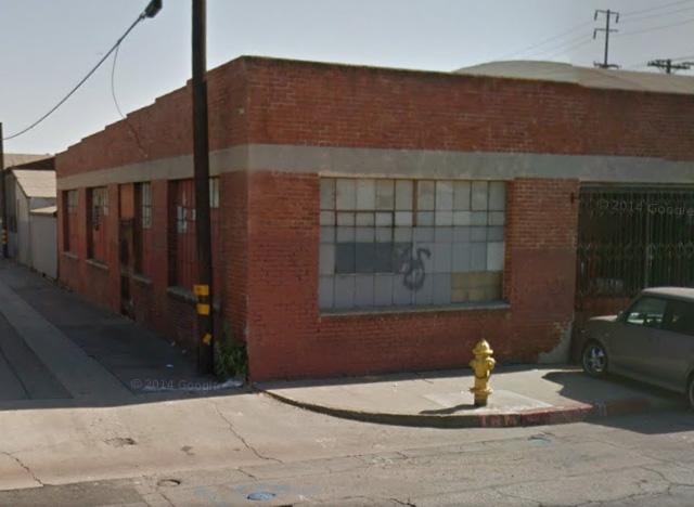 5402 S Santa Fe Ave